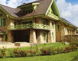 1367514394 otdelka fasada naturalnym kamnem